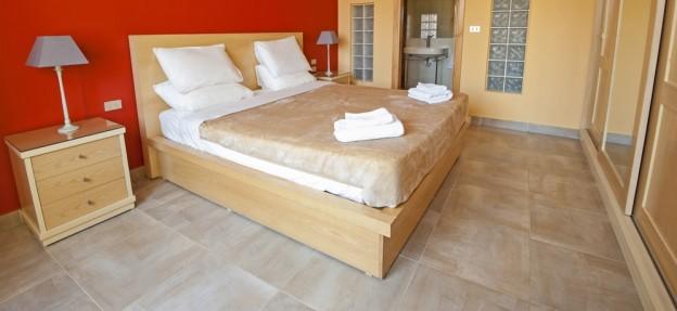 מיטת עץ או מיטת ברזל?